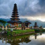 ulundanu beratan temple - BALI VOLCANO TREKKING